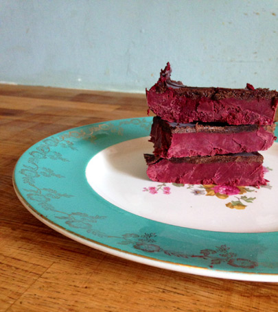 red-velvet-slices-2