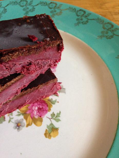 red-velvet-slices-3